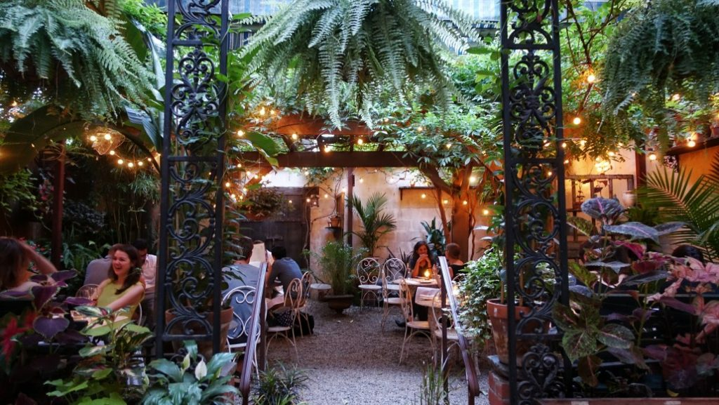 Located In A Brooklyn Neighborhood This Brunch Spot Does Not Fail To Impress With Darling Outdoor Garden Restaurant Was Inspired By Afternoons